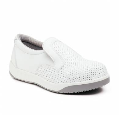ZAPATO DE SEGURIDAD SKARPPA MARTA (O1 SRC)Zapato blanco/negro ligero y flexible inyectado directamente al corte. Pala de microfibra con alta capacidad de absorción de humedad y rápido secado. Plantilla de tejido con tratamiento antibacterias. Suela antideslizante. SRC. Ergonómica, se ajusta perfectamente al pie con extraordinaria comodidad, flexibilidad y estabilidad. Parte superior: Microfibra lavable, suave y flexible. Antimicrobiana. Plantilla interior: Antiestática, antibacterias, antihongos Suela: PU+CAUCHO cementado Ligera y flexible. Gran capacidad de agarre consiguiendo nivel SRC (resistencia al deslizamiento sobre suelo de cerámica y de acero).