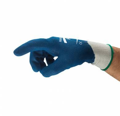 Guantes de nitrilo de uso general HyFlex® 11-919Alta flexibilidad y destreza para un confort óptimo durante su uso Forro de nylon sin costuras de galga 13. Revestimiento de nitrilo rugoso. Puntos finos y elásticos, para un magnífico confort. El puño tejido de látex garantiza un buen ajuste. Alta flexibilidad y destreza para un confort óptimo durante su uso. Excelente resistencia a la abrasión Cubierto con una capa resistente a las piezas contaminadas manipuladas. Aplicaciones ideales Montaje de líneas blancas Mantenimiento de instalaciones y fábricas en general Fabricación y manipulación de metales ligeros Fabricación de metales Control de calidad