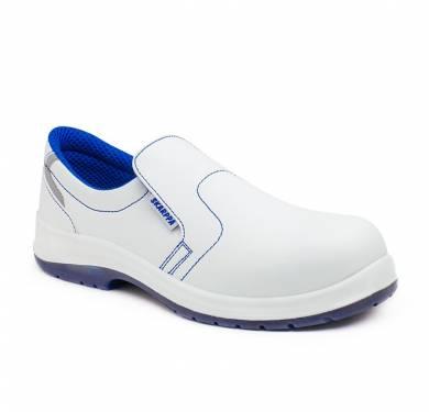 ZAPATO DE SEGURIDAD SKARPPA ALIMENTACION: PINGÜIN (S2 SRC) ZAPATO DE SEGURIDAD SKARPPA. CE EPI CAT.II Zapato blanco ligero inyectado directamente al corte.Pala de microfibra con alta capacidad de absorción de humedad y rápido secado. Ergonómica, se ajusta perfectamente al pie con extraordinaria comodidad, flexibilidad y estabilidad. Parte superior: Microfibra lavable y suave. Antimicrobiana. Forro: Tipo red de alta transpirabilidad. Plantilla interior: Antiestática, antibacterias, antihongos Puntera: Fibra de vidrio. Ligera y de gran resistencia a impactos. Suela: PU/TPU Gran capacidad de agarre consiguiendo nivel SRC (resistencia al deslizamiento sobre suelo de cerámica y de acero). Suela antideslizante SRC. Norma: EN ISO 20345:2011 Categoría: S2 SRC Tallas de fabricación: 35 – 47 Color: blanco contraste azul Uso: Profesional