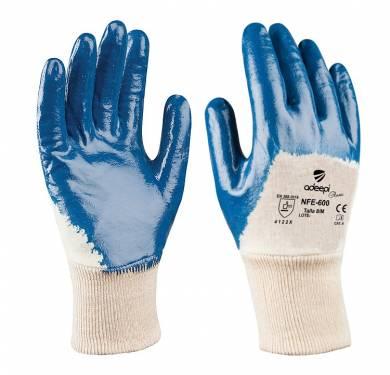 GUANTE DE SEGURIDAD SINTETICO ADEEPI GLOVES: NFE-600El GUANTE Referencia.NFE-600 es un guante de cinco dedos destinado a la protección frente a agresiones mecánicas, confeccionado tejido de punto jersey 100% algodón. La palma y los dedos tienen de un recubrimiento de nitrilo de color azul. El nitrilo le proporciona un excelente agarre en seco. Es transpirable, no provoca malos olores y tiene nivel de resistencia alto a la abrasión. Este Guante Mod. NFE-600 es un Equipo de Protección Individual (EPI), que cumple con las exigencias esenciales de sanidad y seguridad que se especifican en el Reglamento (UE) 2016/425, según las normas EN 420:2003+A1:2009 (Guantes de protección. Requisitos generales y métodos de ensayo) y EN 388:2016 (Guantes de protección contra Riesgos Mecánicos), como EPI de categoría II. Este guante está especialmente indicado para ser utilizado en todo tipo de industrias, donde exista un riesgo mecánico para la palma de las manos El nivel de protección de este guante es: 4.1.2.2.X El nivel de dexteridad: 5 Tallas: 6, 7, 8, 9, 10, 11 Colores: Base: Beige Recubrimiento: Azul